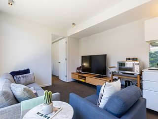 Rosa, Stylish new 2BDR abode in heart of Richmond