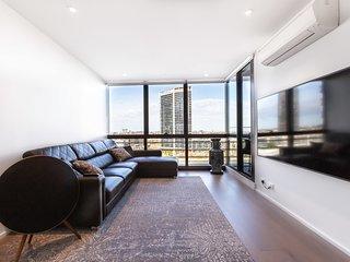 Sabrina, Clean Contemporary 2 bedroom Docklands Apartment