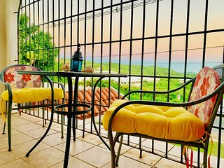 SoliMar Guest Studios...VERDE unit with Caribbean views