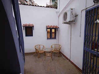 Cozy house very close to the centre of Catania with Parking, Internet, Washing m