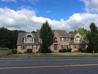 The # 1 Best Choice in the Poconos, KsK Estates - Room C