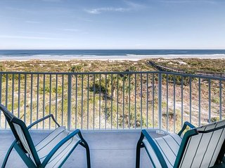Bronze Ocean Front Condo with 3 bedrooms 2 bathrooms at Colony Reef Club 2401