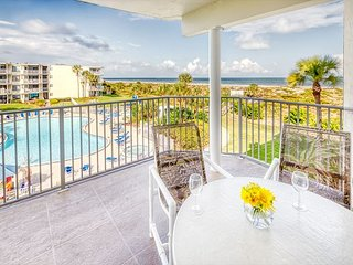 3 Bedrooms 2 Bathrooms at Colony Reef Club with excellent ocean views 1304
