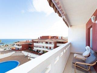 HomeLike Sea Front Duplex Terrace Pool +Wifi