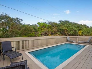 10% Winter Discount!! Private Pool--Gulf Views-Family Friendly-100 yards to Beac