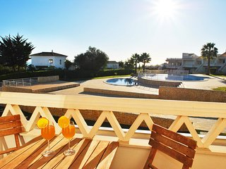 Mar 2 - LUXURY TOWNHOUSE STUNNING SEA VIEW, AIR CON, SWIMMING POOL