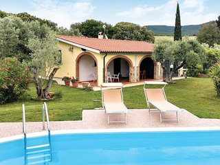 2 bedroom Villa in Bibbona, Tuscany, Italy - 5707254