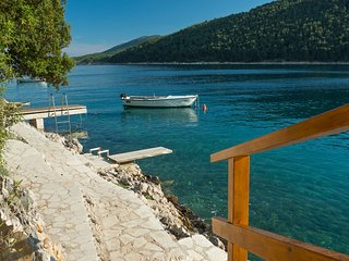 Hrvatini Villa Sleeps 10 with Pool and Air Con - 5713830