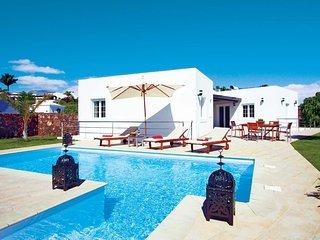 3 bedroom Villa in Puerto del Carmen, Canary Islands, Spain - 5707512