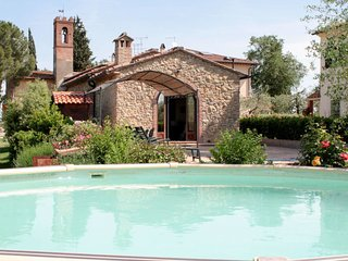 3 bedroom Villa in Mattone, Tuscany, Italy - 5715596