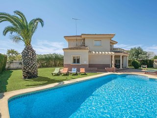 4 bedroom Villa in Setla, Valencia, Spain - 5707108