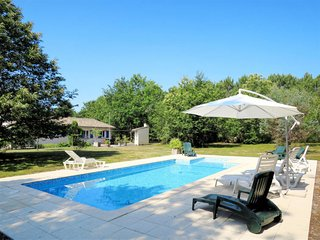 4 bedroom Villa in Grayan-et-l'Hopital, Nouvelle-Aquitaine, France - 5714916