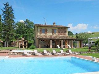 4 bedroom Villa in Fattoria Spedaletto, Tuscany, Italy : ref 5715262