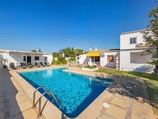 3 bedroom Villa in Salgados, Faro, Portugal : ref 5705447