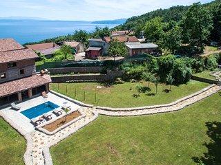 5 bedroom Villa in Marcici, Primorsko-Goranska Zupanija, Croatia - 5715232