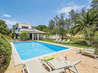 4 bedroom Villa in Benagil, Faro, Portugal - 5705799