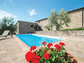 3 bedroom Villa in Barbischio, Tuscany, Italy - 5706811