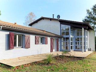 3 bedroom Villa in Naujac-sur-Mer, Nouvelle-Aquitaine, France : ref 5714467