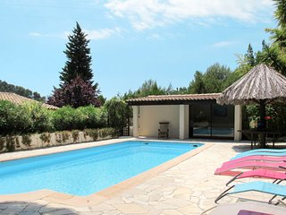 4 bedroom Villa in Saint-Côme, Provence-Alpes-Côte d'Azur, France - 5714937