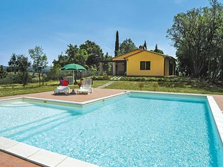 2 bedroom Villa in Monteverdi Marittimo, Tuscany, Italy : ref 5707393