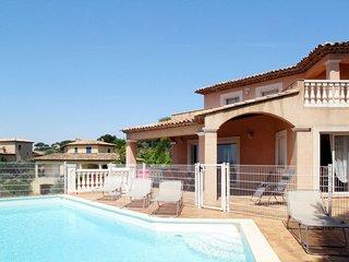 Ferienhaus mit Pool (MAX275)