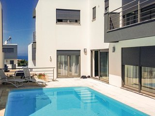3 bedroom Villa in Atalaia de Cima, Lisbon, Portugal : ref 5714597