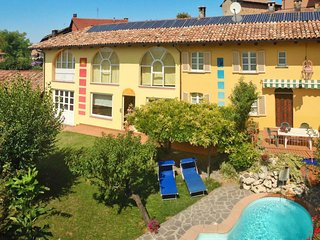 4 bedroom Apartment in Castagnole delle Lanze, Piedmont, Italy : ref 5715389