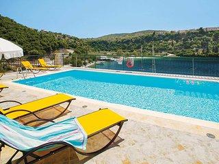 3 bedroom Villa in Spartokhorion, Ionian Islands, Greece - 5707451