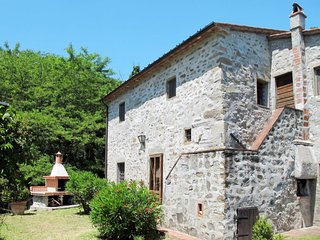 4 bedroom Villa in , Tuscany, Italy : ref 5715523