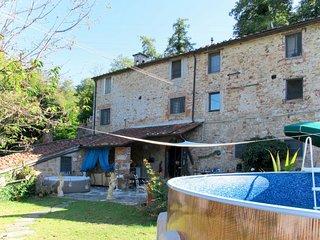 5 bedroom Villa in Marina di Pietrasanta, Tuscany, Italy - 5715553
