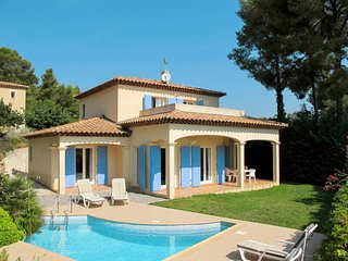 3 bedroom Villa in La Cadiere-d'Azur, Provence-Alpes-Cote d'Azur, France : ref 5