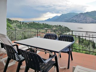 4 bedroom Villa in Malcesine, Veneto, Italy : ref 5715496