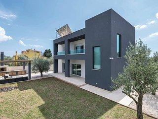 5 bedroom Villa in Fažana, Istria, Croatia : ref 5714577
