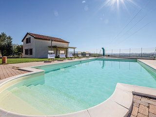 10 bedroom Villa in Localita Casa del Corto, Tuscany, Italy : ref 5714645