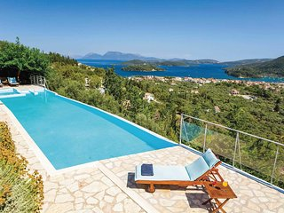 3 bedroom Villa in Rachi, Ionian Islands, Greece - 5705327