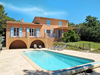 4 bedroom Villa in Vidauban, Provence-Alpes-Côte d'Azur, France : ref 5715146