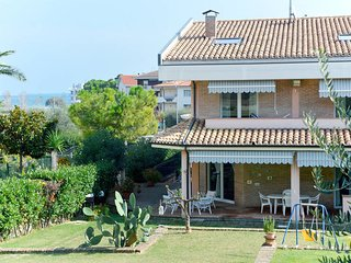 4 bedroom Villa in Villa Fumosa, Abruzzo, Italy - 5714142
