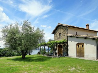 3 bedroom Villa in Fiordini, Latium, Italy - 5715311