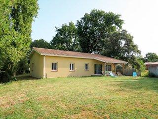 3 bedroom Villa in Grayan-et-l'Hopital, Nouvelle-Aquitaine, France : ref 5714917