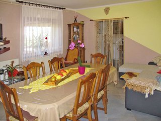 Grandici Holiday Home Sleeps 7 with Pool Air Con and Free WiFi - 5715231
