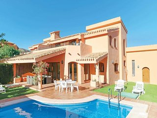3 bedroom Villa with Pool, Air Con and WiFi - 5705358