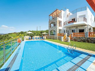 4 bedroom Villa in Plaka, Crete, Greece - 5707376