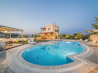 3 bedroom Villa in Agia Roumeli, Crete, Greece : ref 5707464