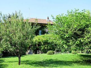 Pino Torinese Holiday Home Sleeps 12 with Pool Air Con and Free WiFi - 5715642