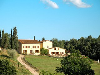 11 bedroom Villa in Sergine di Sotto, Tuscany, Italy : ref 5715598