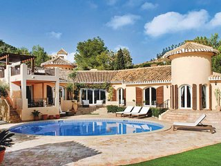 3 bedroom Villa with Pool, Air Con and WiFi - 5707164