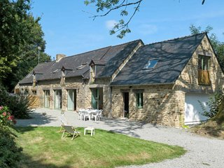 4 bedroom Villa in La Forêt-Fouesnant, Brittany, France : ref 5715135