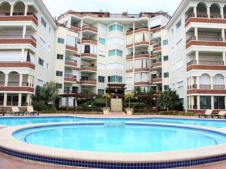 Relaxing Navy Blue Beach Apartment