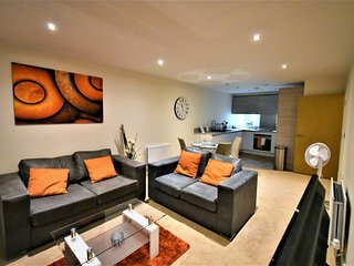 Alder House Serviced Apartment Maidenhead by Ferndale - Apt 4