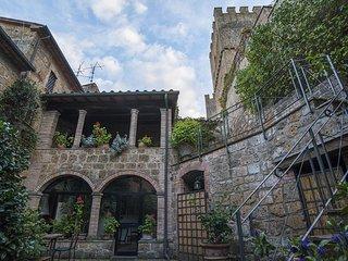 castello in Lazio loggia